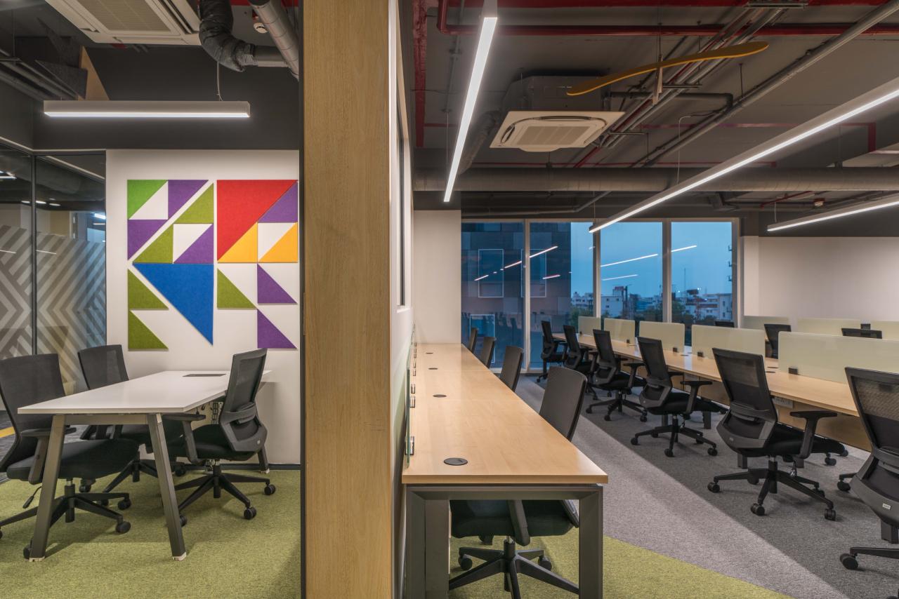 Hot Desk By Workwild